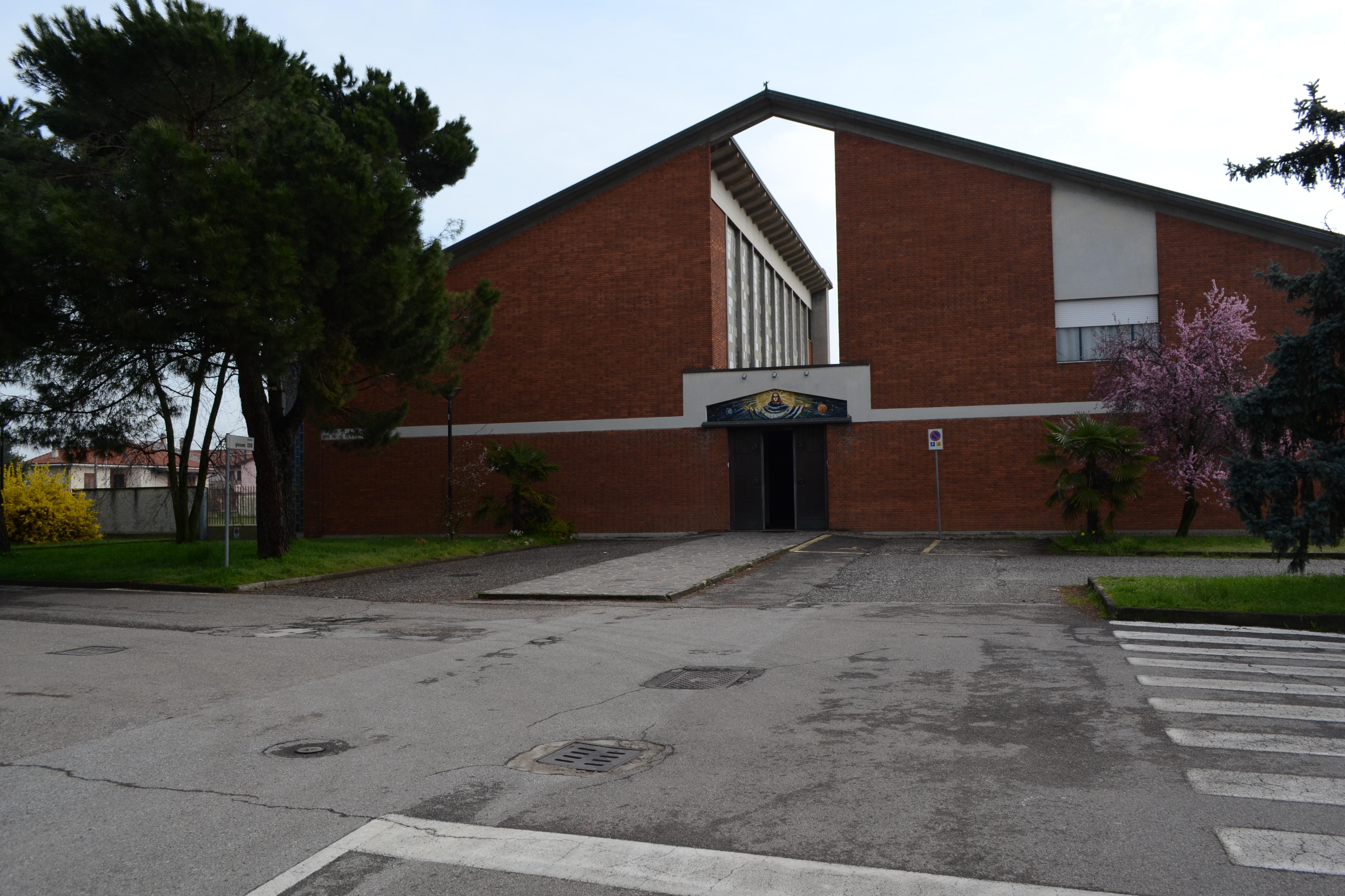 Furato, Piazza Giovanni XXII, Chiesa Santa Maria Nascente